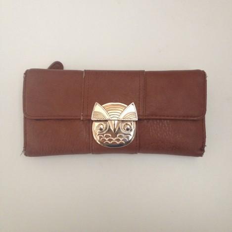 accessorize wallet